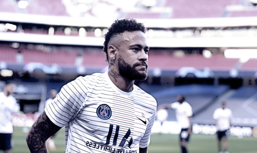 Neymar: Paris Saint-Germain move forward by signing new contract at Ligue 1 club until 2025
